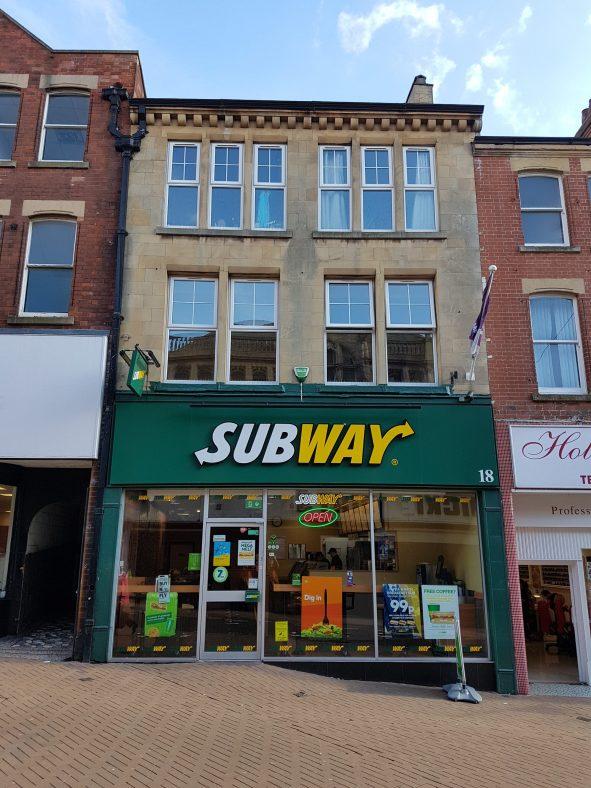 Subway, sandwich shop, at 18 Leeming Street in 2017