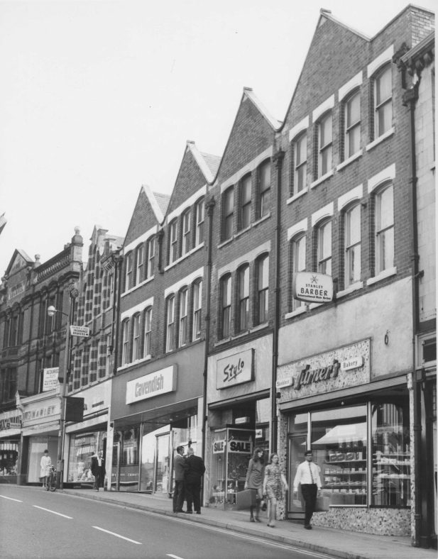 Old black and white photo of 20-26 Leeming Street in 1969 | Courtesy of D. Hill