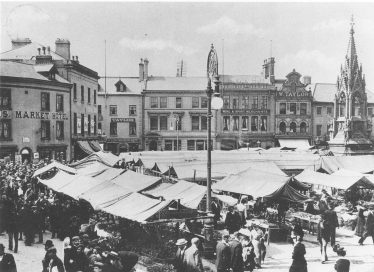 Old black and white photo of Mansfield Market Place in 1919