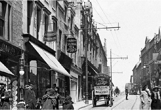 Old black and white photo of Leeming Street in the 1900s | Courtesy of D. Hill